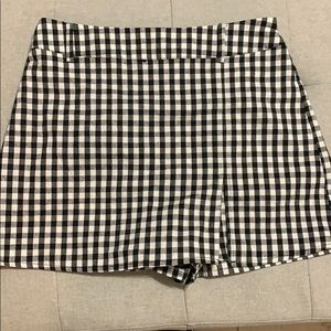 Pacsun shorts that look like a skirt in the front